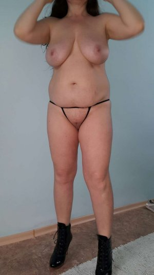Adiba cum in pussy escorts personals Waukegan